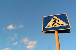 Сбил пешехода на пешеходном переходе: ответственность и наказание