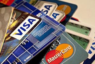 Могут ли судебные приставы снять деньги с зарплатной карты?
