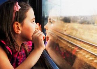 Со скольки лет можно передвигаться по россии без сопровождения родителей