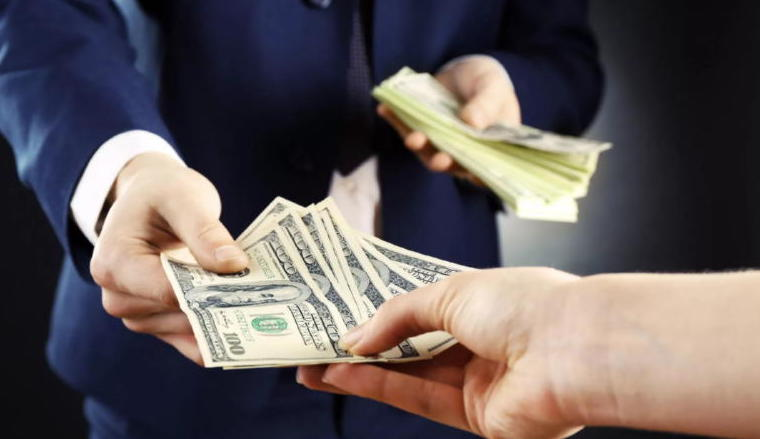Изображение - Как брать деньги в долг на билайне Kak-vernut-dengi-kotorye-dal-v-dolg-bez-raspiski1